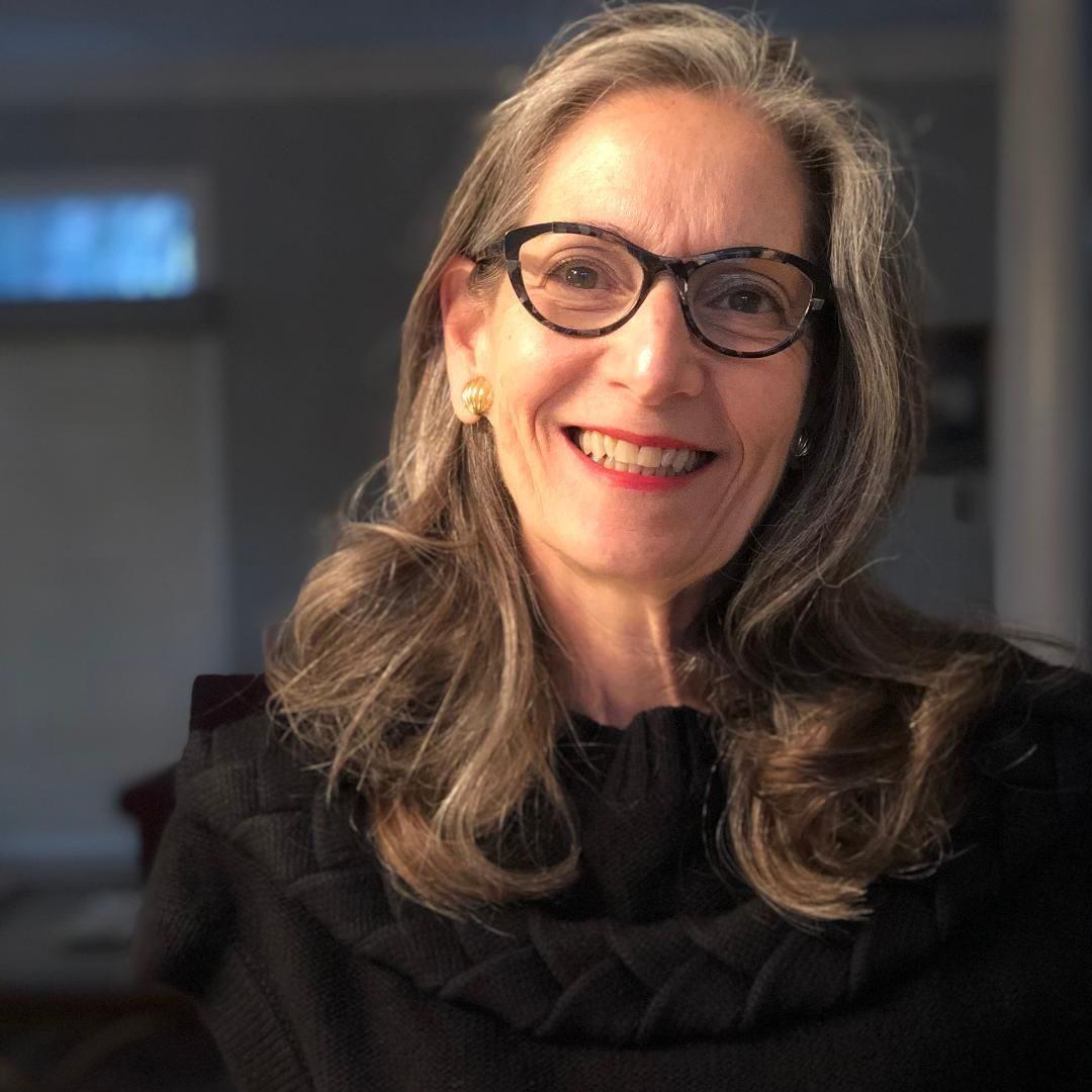 Gloria Small